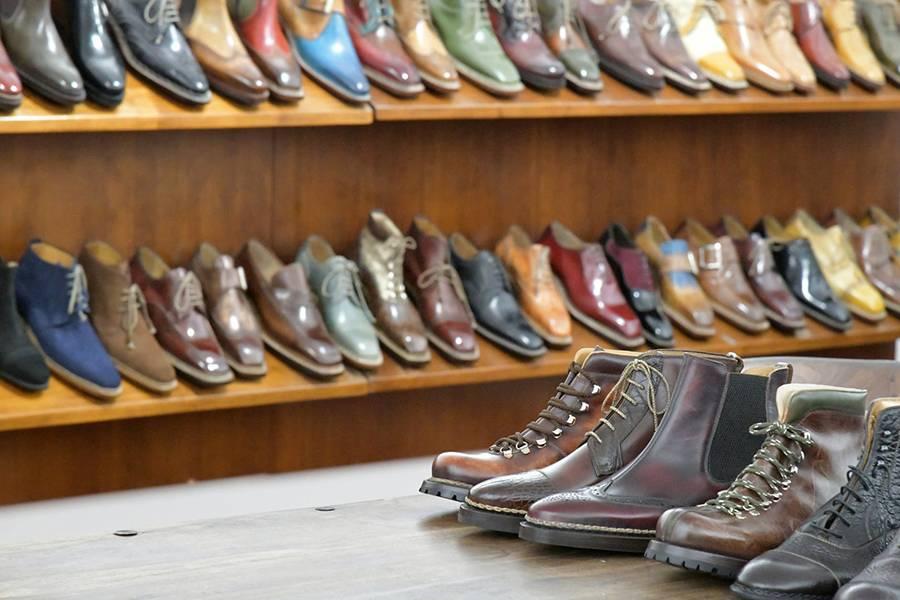 Доставка итальянской обуви в Россию